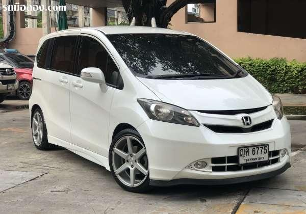 HONDA FREED ปี 2010