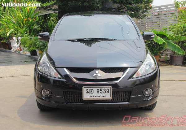 MITSUBISHI SPACE WAGON ปี 2011