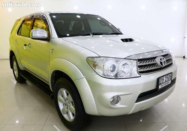 TOYOTA FORTUNER ปี 2010