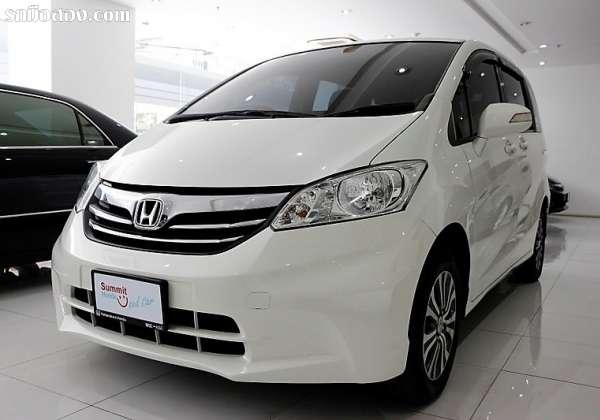 HONDA FREED ปี 2013